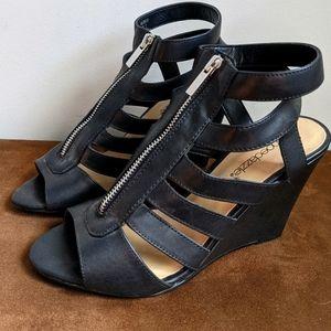 🌺3/$40🌺NWOT Faux Leather Peep Toe Wedge